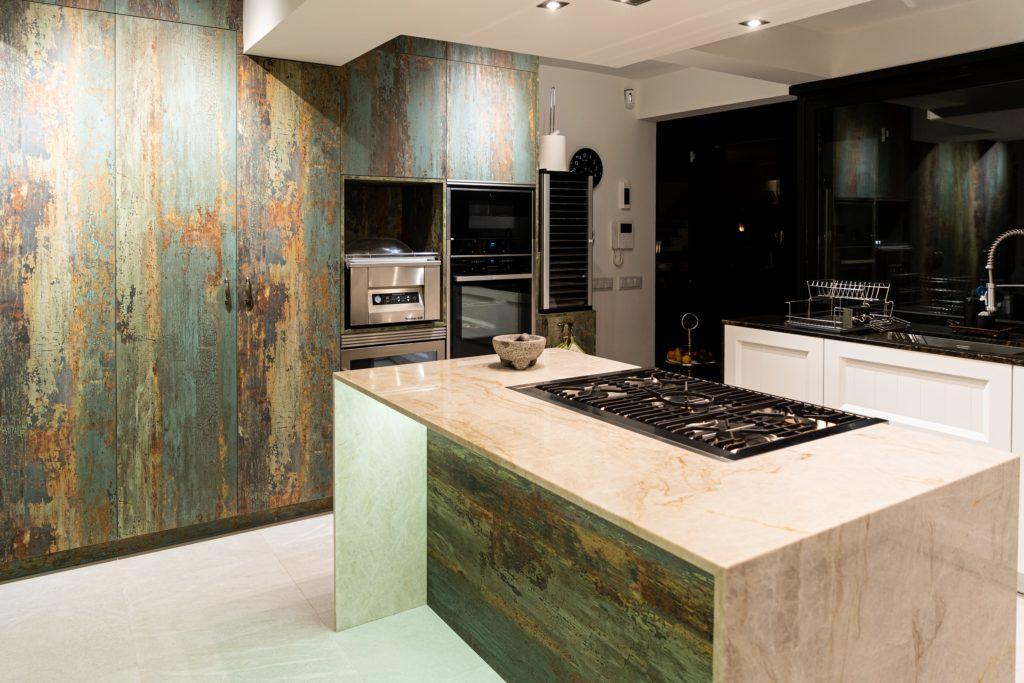 Naturamia® Perla Venatta natural quartzite countertop. Design of Linea3 Kitchens.