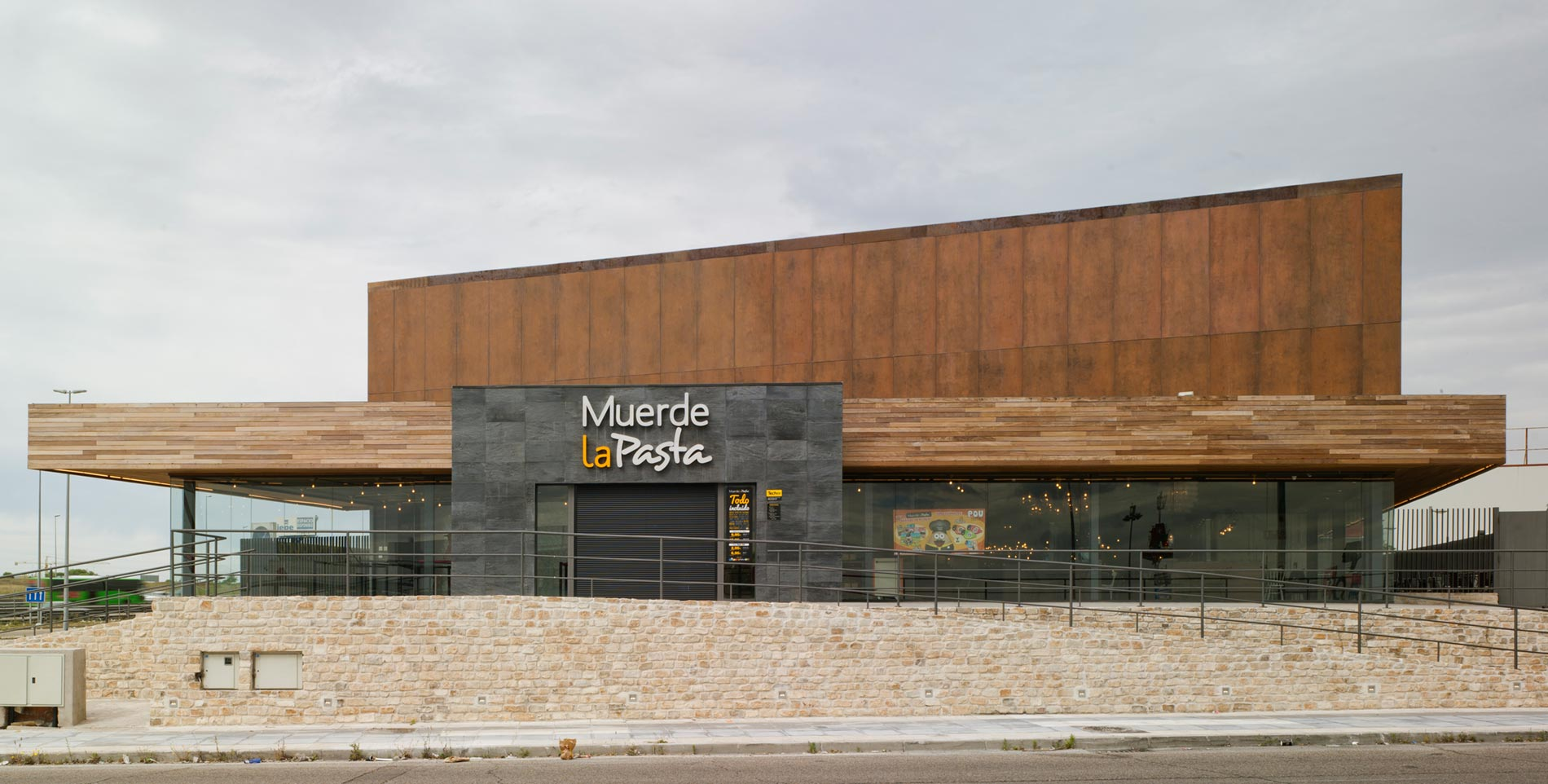 Muerde La Pasta Industrial Collection Project Levantina