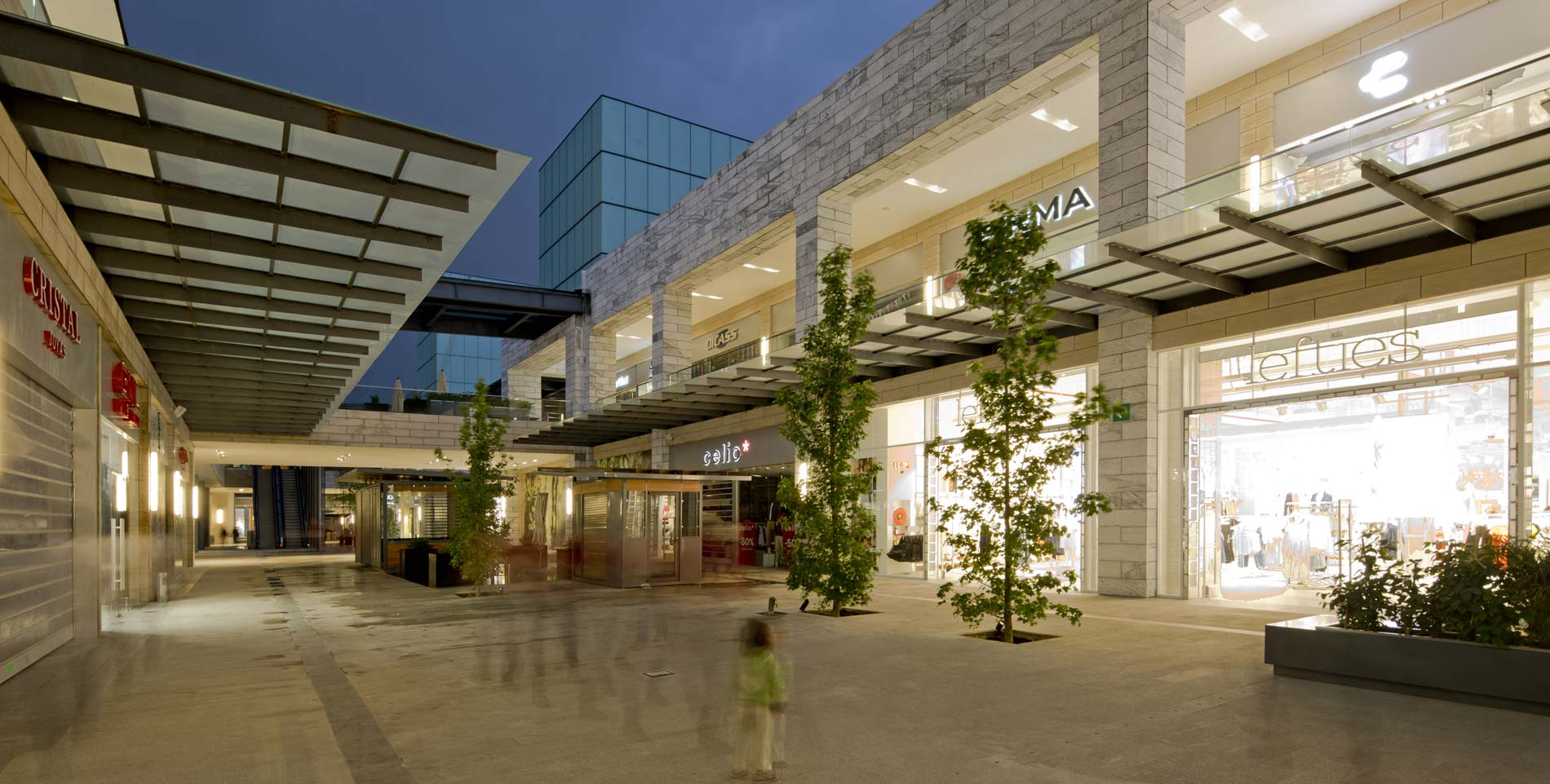 Centro comercial v a vallejo white and grey granite - Centro comercial moda shoping ...